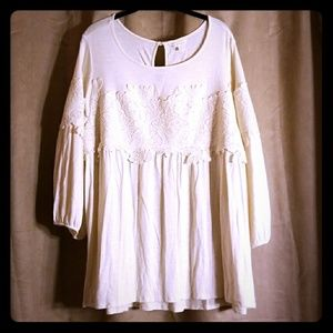 Gorgeous cream lace blouse